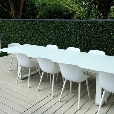 terrasse-de-bois-ecran-vert-synthetique